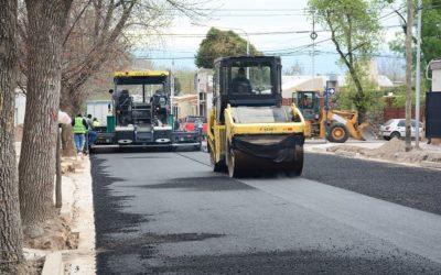La calle Elías Villanueva cuenta con un asfalto renovado y en perfectas condiciones